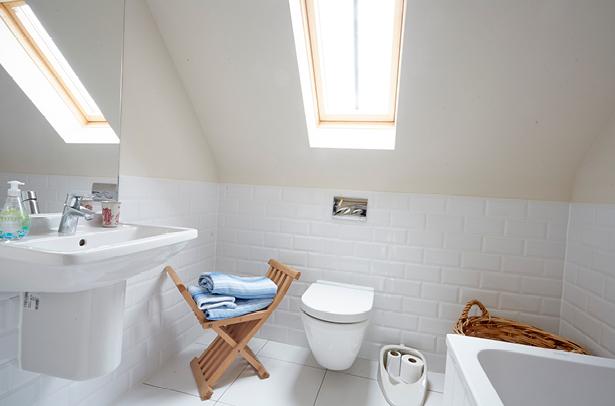 BlueGoose-Bathroom